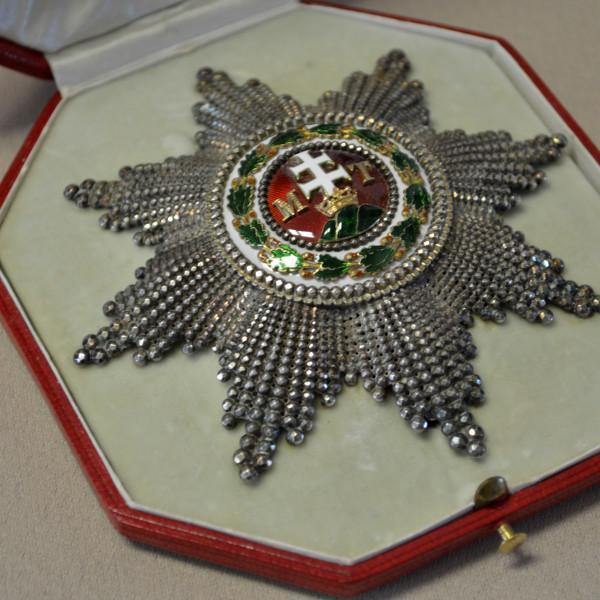 Magyar Királyi Szent István-rend nagykeresztje és csillaga