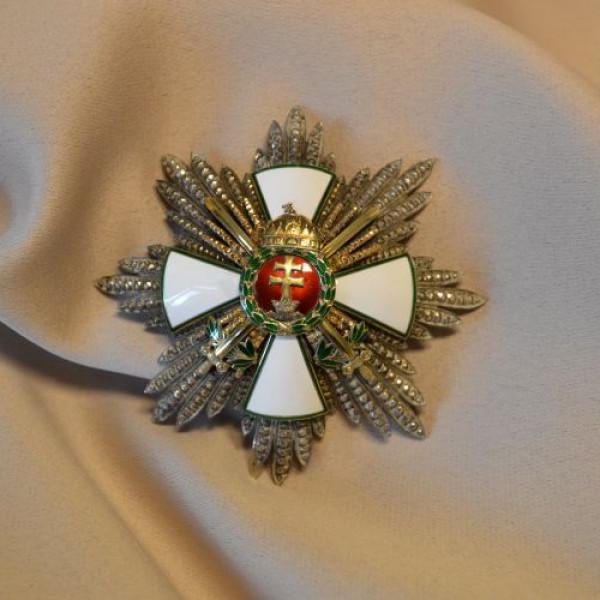 Magyar Érdemrend, Horthy Miklós kitüntetése